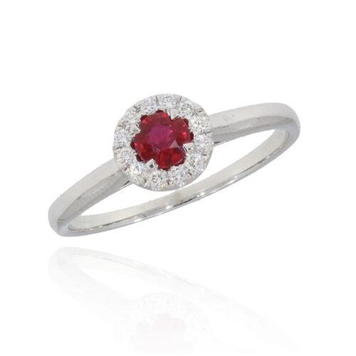 Rubinring mit rundem Rubin und Diamanten